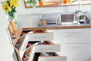 Aproveitando os cantinhos para organizar a casa