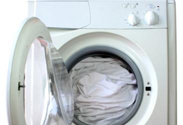 Como limpar: cuidados especiais com a máquina de lavar roupas
