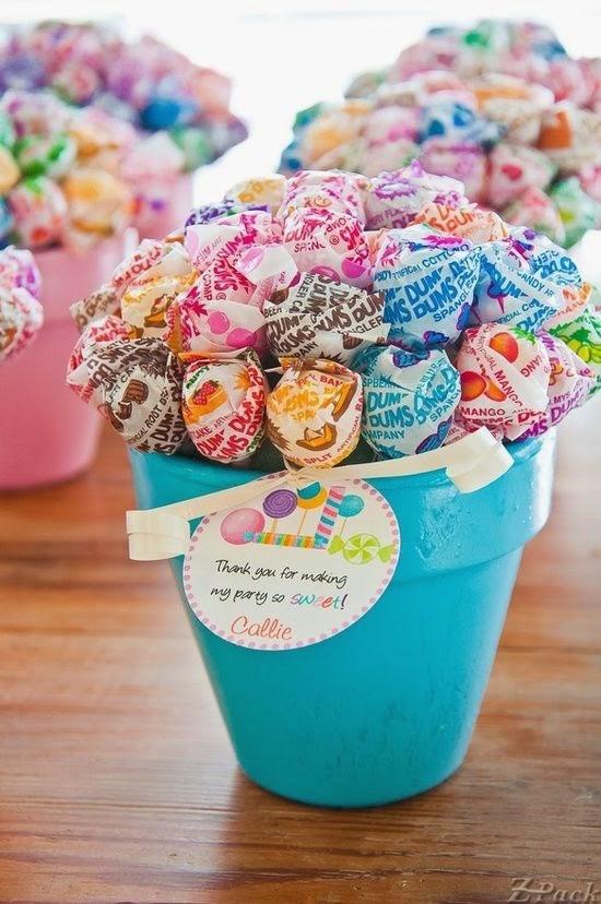 Organize sem Frescuras Rafaela Oliveira Arquivos Como decorar e organizar uma festa de  -> Como Decorar Mesa De Aniversario Com Flores
