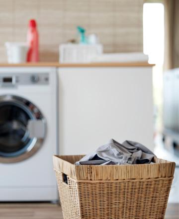 hamper-in-laundry-room[1]
